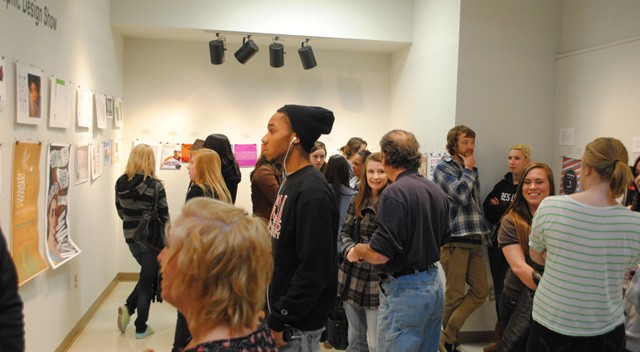 hipster-gallery-opening