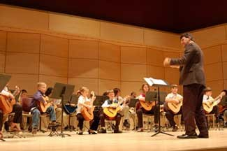 youth guitar orchestra