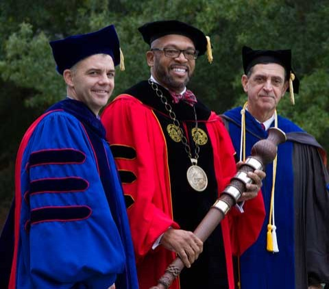 Inauguration picture featuring BOV Rector Wade, President Hemphill and Provost Scartelli