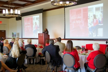 volunteer-lunch-1