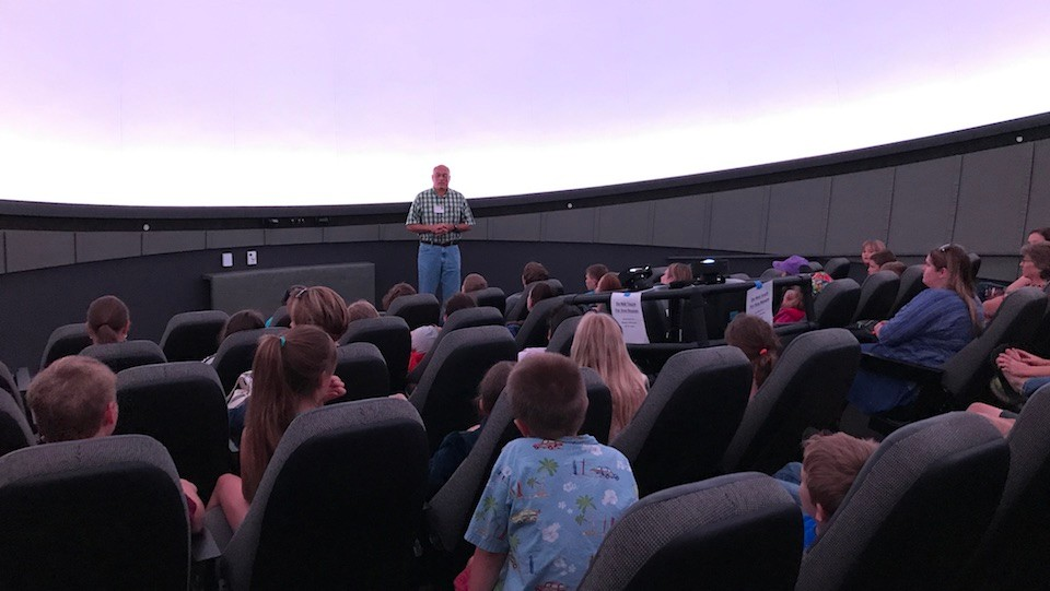 Check Elementary students see the Radford University Planetarium