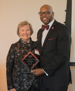 2017 Outstanding Alumni Philanthropist Award winner Jeannie M. Allman '67 with President Brian O. Hemphill during Friday's Alumni Volunteer Leadership Business Lunch and Awards Ceremony in Kyle Hall.