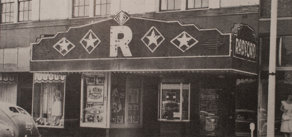 Image of the Radford Theatre from 1940.