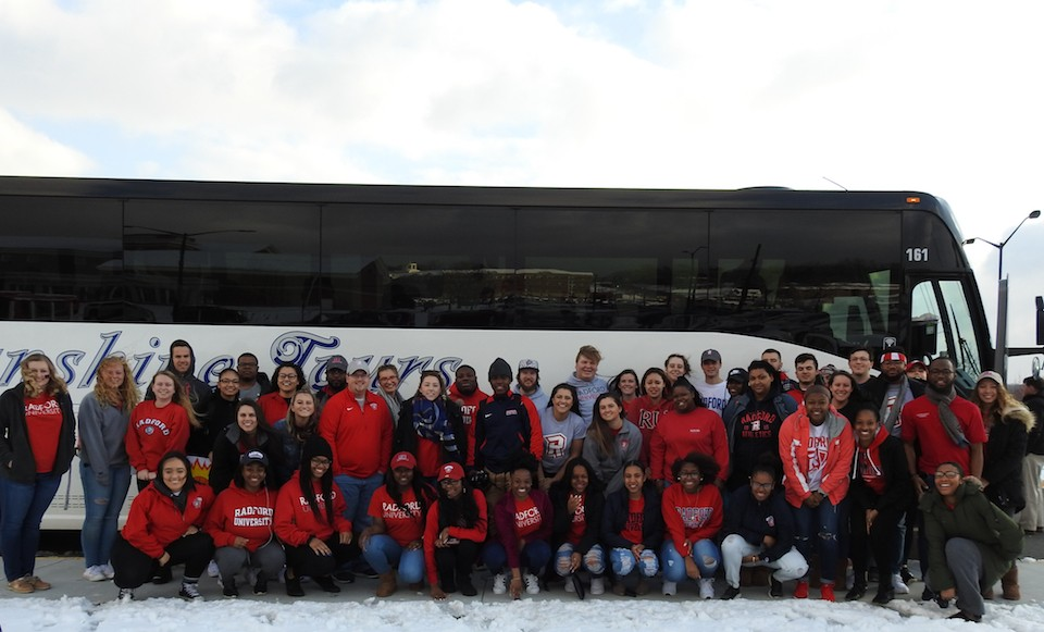 The students traveling to Dayton to see the Highlanders in the NCAA Tournament.