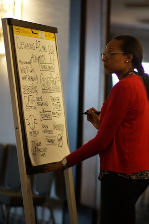 Nakia Shelton working on one of her sketchnotes.